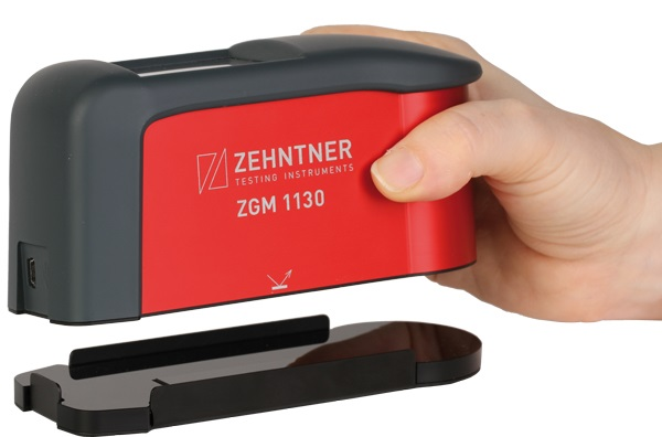 zehntner ZGM1130 Anwendung putting on calibration standard 600
